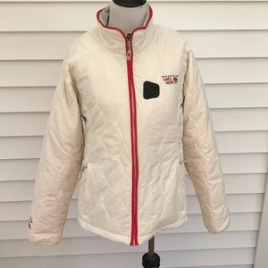 Mountain hardware jacket in excellent condition
